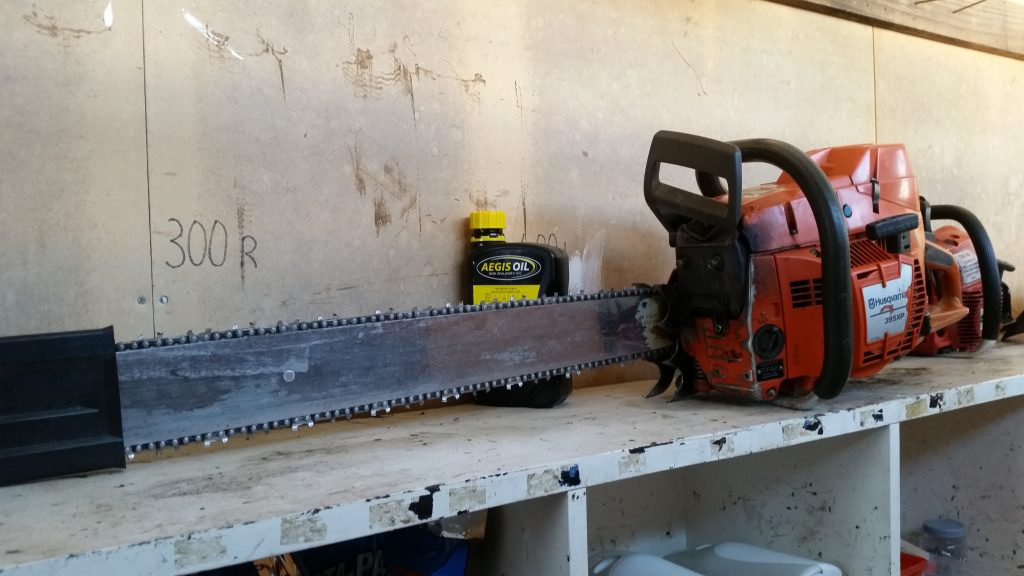 Long bar Chainsaw